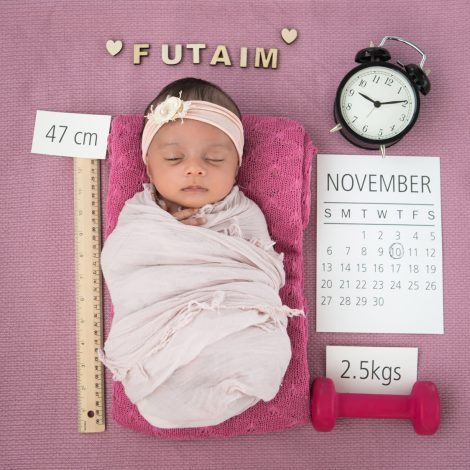 Newborn baby photography Loomi Photography Birth Announcement