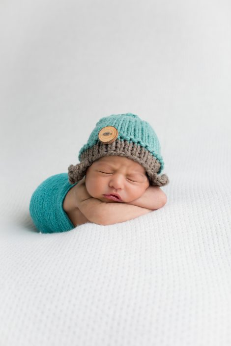 Newborn baby photography Loomi Photography