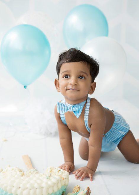 Baby photography   Cake Smash  Loomi Photography